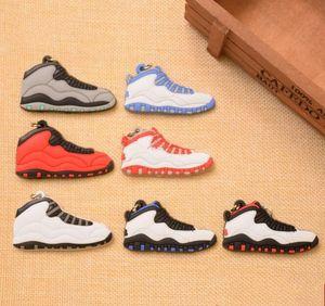 Atacado de alta qualidade Correndo Mini sapatos Keychain 3D Sneaker borracha macia multi estilos disponíveis encantos saco do desenhador chaveiro keychain bonito