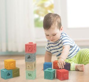 اللبنات الرقمية 0-1 سنوات طفل عمره يمكن مضغ المطاط بناء كتل لينة، طيها واللعب دلك