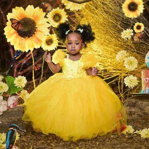 Vintage Flower Girls Dresses Cute Baby Short Sleeve Hand Made Flowers Kids Formal Wear Floor Length Ball Gown Girl Dress For Wedding