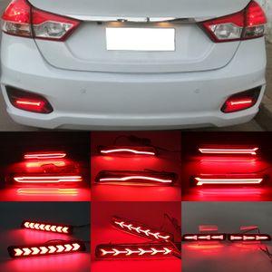 2 unids Reflector LED para Suzuki Ertiga Ciaz Vitara S-Cross SX4 Splash Car Freno Luces de freno de parachoques trasero Lámpara de cola de freno