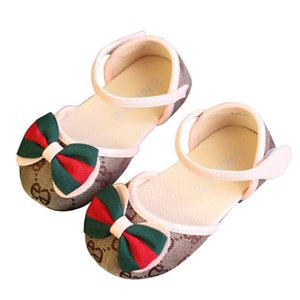 2020 Summer New Hot Selling Fashion Print Bow Casual Sandals Soft Sole Comfortable Girls Flat Sandals Infant Prewalker Sandals