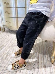 Топы ребёнки Джинсы Брюки с медведем подвеска осень Дети мальчиков джинсовые брюки повседневные Дети длинные брюки