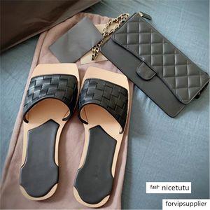 Genuine Leather Sandals Women Weaves Retro Flats Slipper Sexy Women Outdoor Beach Slipper luxury Chic Square Toe Slippers
