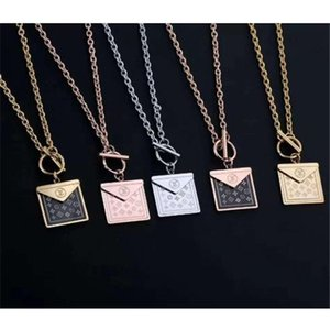 2020 Europe and the United States fashion hot sale tag necklace custom women's necklace