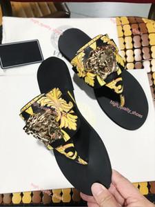 Versace  flip flop Xshfbcl 2020 새로운 여성 디자인 슬라이드 패션 Lusso를 남성 신발 디자인 샌들 슬리퍼 비치 플립 아름다운 신발 크기 35-41 퍼