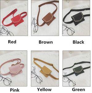 version coréenne de sacs pour enfants 2020 printemps nouveau sac une épaule rivet rétro mode mini diagonale sac à main de mode sac croix