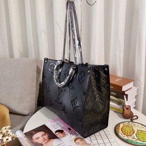 Clásicas bolsas de lujo de diseño del patrón del amor del corazón de la onda V taleguilla bolsos con asa de hombro bolsa de la cadena Crossbody del monedero de compras bolsas 47