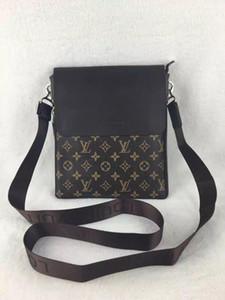 New Fashion Men Shoulder Handbag Women's Clutch Purse Female Crossbody Bag Men's Travel Business Package Bags