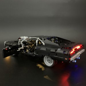 Em stocks Dom's Dodge Charger DIY LED luz definida para sagacidade compatível 42111 Technic MOC Race Car Building Blocks Brinquedos Presentes