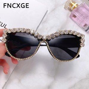 Frauen quadratische Sonnenbrille übergroßen Strass Rahmen Dame-Diamant-Glas-Marken-Designer Fashion UV400 Shades für Frauen 83105
