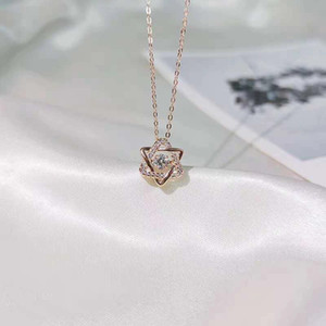 Titanium Steel Necklaces With Swan Lucky Roman Ring Bling Star Sweet Style Collarbone Chain Necklace For Young Lady Fashion Gift