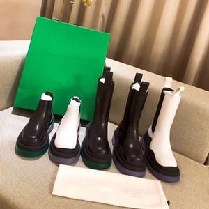 Marque bottillons MID CALF BOTTES EN TEMPÊTE femmes bottes de CUIR plate-forme 2020 nouvelles femmes de créateurs de luxe de démarrage dame de la mode bottes