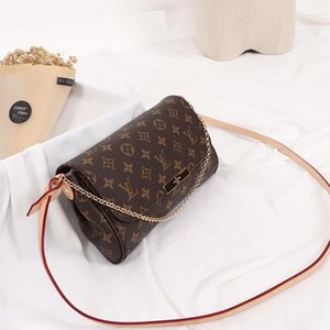 Top Quality Chain Design Style Women &#039 ;S Bag Fashion Classic Small Flap Leather Women Crossbody Bag New Arrival Messenger Bag Fast Deli