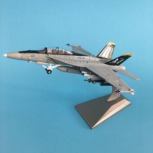 1/100 Militär Modell Spielzeug F / A-18-Kämpfer Diecast Metal-Flugzeug Flugzeuge Flugzeug Modell Spielzeug für Collectio T200727