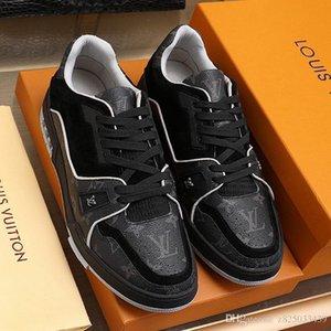 Los nuevos Mens zapatillas de deporte de moda 2020 transpirable al aire libre atlético Diseño Zapatos De Hombre Zapatos de lujo del estilo de la zapatilla de deporte de los hombres de moda entrenador Ty