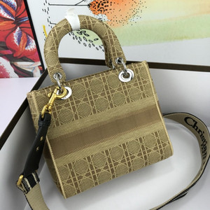 2020M0816 Classic lady's handbag 5A high-end custom quality handbag fashion business casual style metal accessories with long shoulder strap