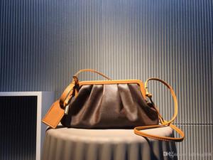 Novas senhoras da moda de luxo designer bolsas de alta qualidade suavizar bolsa de couro nuvem de couro da lona de dois tons costura 30 centímetros hardware avançado