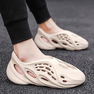 2020 Hot Vente Sandalias Hombre Air Perméable trou Chaussures Light Beach Antiskid Marcher dans l'eau Séchage rapide Natation Lovers Sandales creux