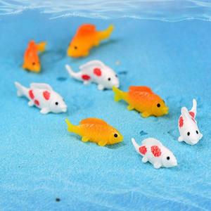 Oro blanco peces de colores en miniatura lindo de los pescados del arte Pecera Waterscape Hada del jardín Accesorio Micro-paisaje decoración del acuario DHB679