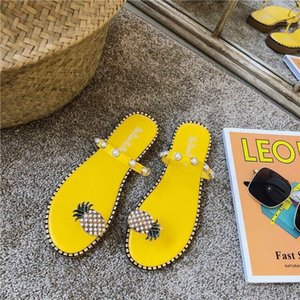 Factory direct free to send women shoes summer sandals beach pineapple flat slippers outside slippers shoes beaded large size cs02