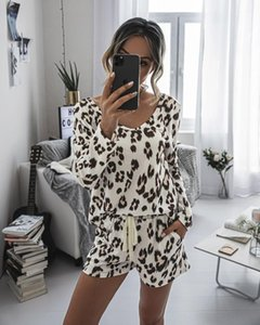 2020 Women's Home Comfortable Fashionable Printed Suits Round Neck Long Sleeve And Shorts Suit Casual Woman Tracksuit