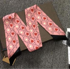 2020 Дизайнер шелковый шарф Мода оголовье Luxury Brands Женщины Silk Scraves Top Grade GUCCI полос шелковый шарф ВОЛОС 120 * 8 см
