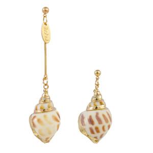 Bohême naturel Cowrie Shell Pendentif long Boucles d'oreilles Bikini Beach Bijoux asymétrique unique Conch Boucles d'oreilles pour les femmes