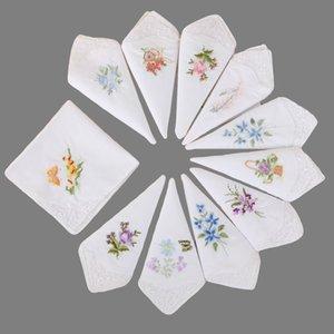 28cm Çin tarzı Mendil kızlar Dantel Çiçek Mendil İşlemeli Mendil Souvenir Festivali Companion hediye Rastgele desen