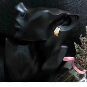 E Luxury Custom -Made Hot Style Diamond Stud Earrings American Hot Selling Women &#039 ;S High -End Diamond Stud