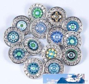 Nouveau mode Rivca Snaps charme bouton Bijoux styles Mix 18mm papillon en strass Bouton métal Charm Bracelets Fit NOOSA morceau AA289