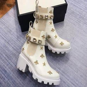 2020 Frauen Leder Bees Sterne gestickter Ankle Boot Lady Perlen Red Schnürsenkel 6cm Chunky Heel Gummischuh Sole Boots p6