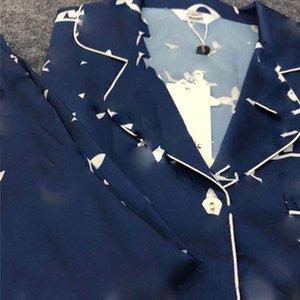 20ss New L Brief gedruckt Womens Pyjamas Fashion Luxury Silk Damen Nachtwäsche-Mädchen-beiläufige Hemd Heim Kleidung Sets