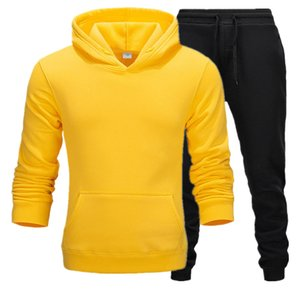 2020 عارضة ملابس رجالية بلوفرات كنزة قطن الرجال رياضية قلنسوة قطعتين + سروال الرياضة قمصان خريف شتاء تتبع الأزياء الأسود