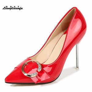 LLXF Мода обувь женщина ночной этап производительности 10см Thin на высоком каблуке Женская партия Остроконечные Toe Пряжка RED Гладиатор насосы