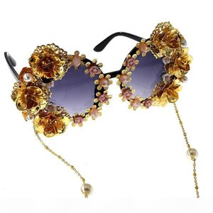 H Luxury -Baroque Sunglasses Women Metal Flower Vintage Eyewear Brand Design Sun Glasses Outdoors Casual Accessories
