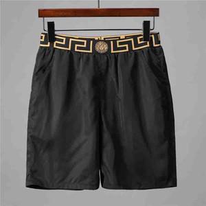 new luxury design casual men's shortspattern flower embroidery men's swimming shorts high street fashion Medusa beach pants