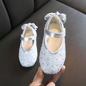 Hot Selling New Fashion Rhinestone Baby Girls Shoes 3 Colors Sweet Bow Princess Shoes First Walkers Large Size Comfortable Party Shoes