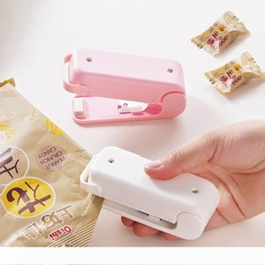 Retail Portable Heat Sealer Plastic Package Storage Bag Mini Sealing Machine Handy Sticker And Seals for Food Snack Kitchen Accessories