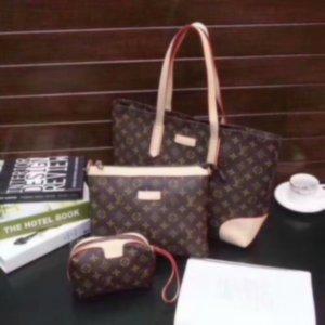 2020 NEW Classic fashion women letter Handbag 3pcs combination Shoulder bag women Handbag men messenger bag wallet purse go out to travel