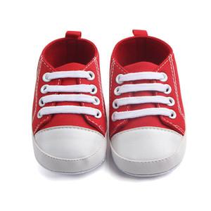 Eu amo DaddyMummy macio lona Bebê recém-nascido Casual Bebé Menino Sapatos Sole infantil Criança Slofjes Primeira Walkers