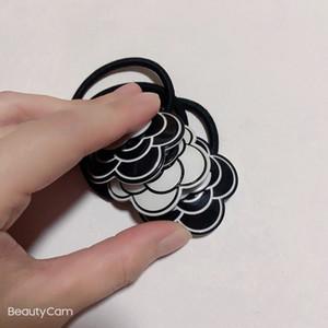 Fashion Bianco e nero Acrilico Testa di fiori Corda C Style Capelli Corda di Gomma Ponytail Ponytail Penytail Tenkpin for Ladies Collezione Articoli lussuosi