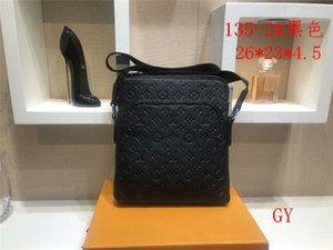 2020 New Hot sale Shoulder Bags mens designer crossbody bag Leather Clutch Wallet Fashion Fine workmanship