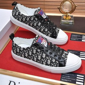 Mens Canvas Shoes Breathable Luxury Walk &#039 ;N Sneaker In Oblique Embroidered Canvas Hot Sale M38 Mens Footwears Chaussures Pour Hommes L
