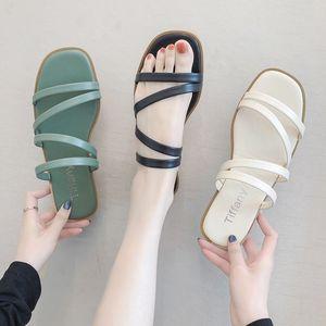 fecnk Frauen-Online-Berühmtheit 2020 Sommer der neue koreanische Art Open Toe aus einem Zeichen Outdoor-Bekleidung der Frauen flacher Schuhe und Sandalen Sandalen casua