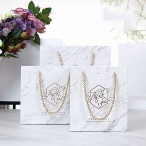 5pcs Мраморного Стиль бумага подарочные пакеты с ручками Спасибо Свадебных для гостей коробка подарка упаковывая товары для вечеринок ZSZb #