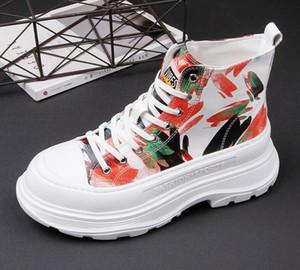 botas de tobillo de los hombres del verano pintada de la manera ENTRENADORES plataforma zapato casual zapatos de Martin botas de mesa 2020 nuevos zapatos del holgazán transpirable