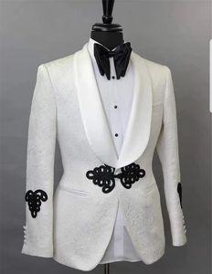 Custom Made Groomsmen Shawl Lapel Groom Tuxedos One Button Men Suits Wedding Prom Dinner Best Man Blazer ( Jacket+Pants+Tie) K428