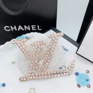 moda de las señoras de alta calidad broche nueva personalidad rhinestones letras inglesas broche de entrega rápida regalo accesorios de ropa