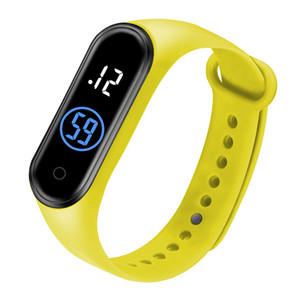 2020Top Venta caliente reloj digital M4 relojes deportivos de mujeres liderada pantalla chica chico estudiante Reloj hombre hodinky del relogio masculino