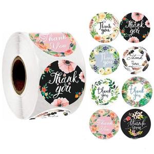 500pcs / roll redondo floral le agradece las etiquetas engomadas de 1 pulgada de favores de la boda y del partido hecho a mano pegatinas del sello del sobre pegatina de escritorio